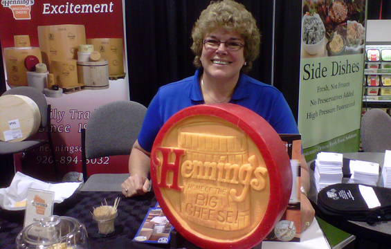 Henning's Big Cheese Carving - IDDBA Show